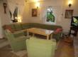 Wygodna kanapa w salonie - dół